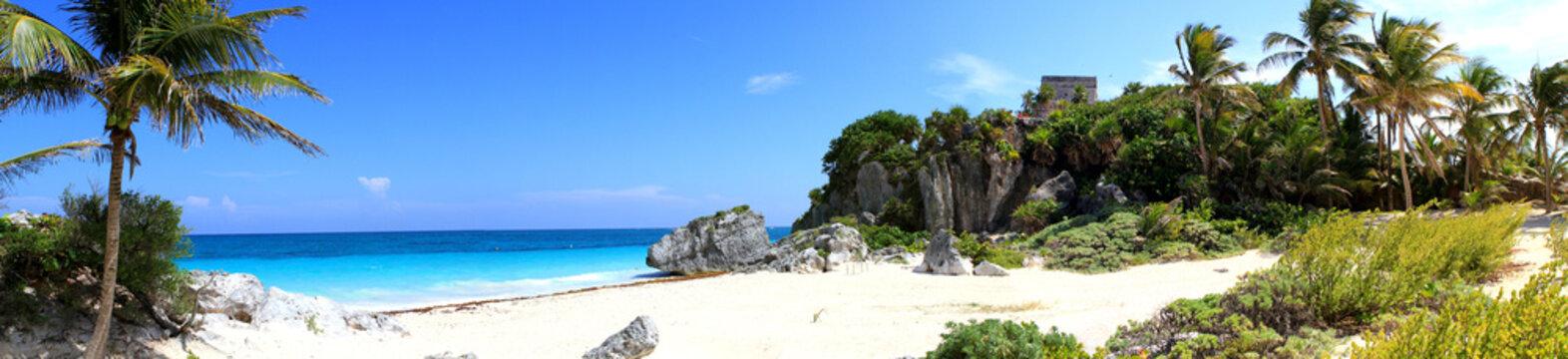 panoramique plage et ruines de tulum - Mexique