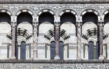 Details of the facade of the San Martino Cathedral