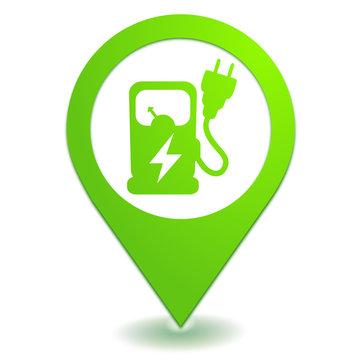 station électrique pour voiture sur symbole localisation vert