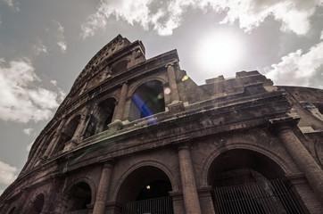 Colosseo (anfiteatro Flavio)