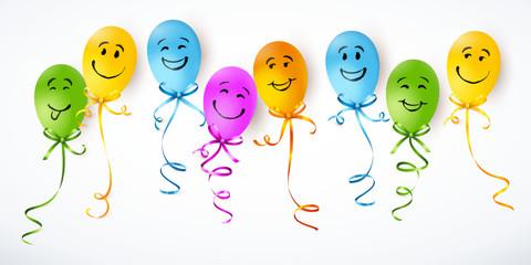Bunte Luftballons mit verschiedenen Smileys