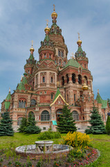 Fototapete - Sts Peter and Paul cathedral, Petergof, St Petersburg, Russia