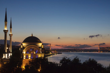 Istanbul - Dolmabahçe Mosque and Bridge
