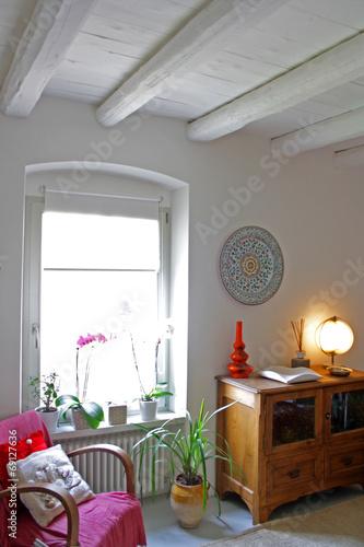 Interno di casa di campagna con tetto in legno bianco - Tetto in legno bianco ...