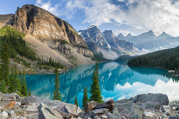 Moraine lake rocky mountain panorama