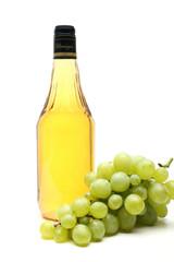 aceto di vino sfondo bianco