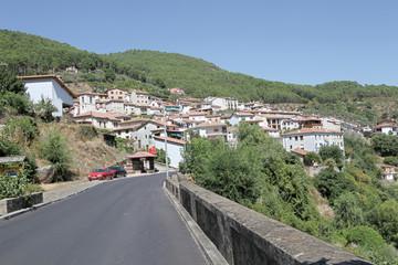 Wall Mural - Vista parcial de Guisando, Ávila, España