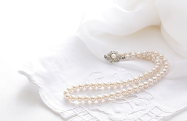 pearl necklace for wedding image