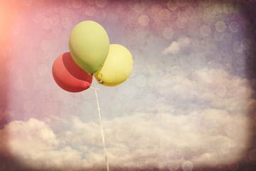Obraz Kolorowe balony w stylu retro - fototapety do salonu