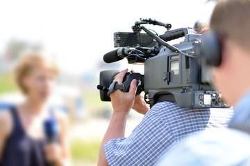 Kamerateam vor Ort // News team on site for TV show