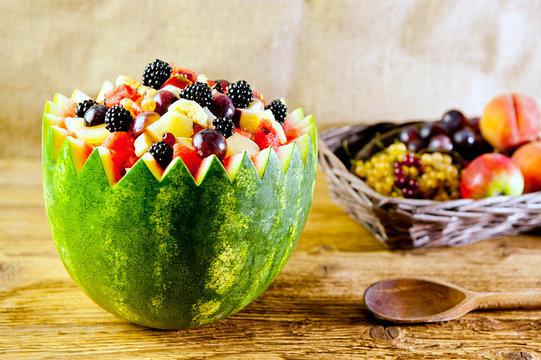 salad and basket of fruits