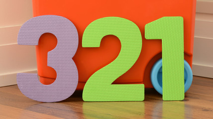 Colorful 3 2 1 numbers of flat foam toys