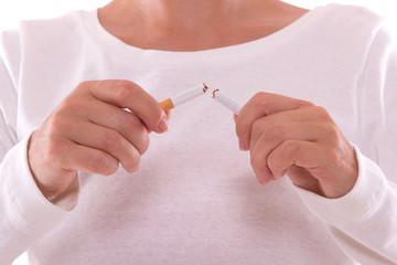 Rauchstopp - Zigarette zerbrechen