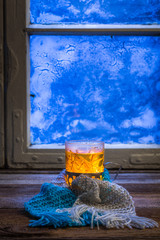 Fototapete - Winter evening and hot tea
