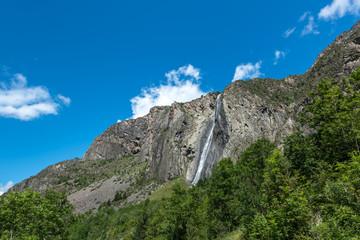 Waterfall La Pisse near Mizoen (France)
