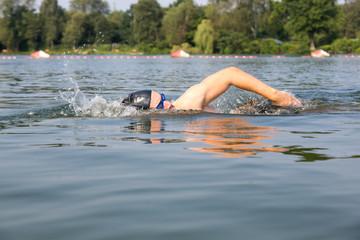 swimmer doing forward crawl swimming stroke