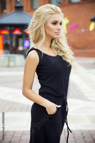 фото чувствительной блондинки