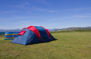 Blue sky camping day in Snowdonia, Wales, UK.