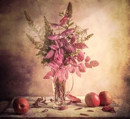 Fall Autumn autumnal bouquet Still Life apples sprigs