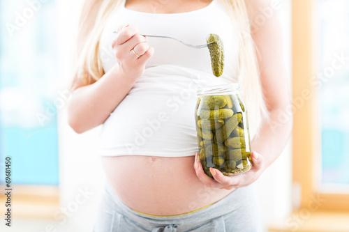 Соленые огурцы для беременных
