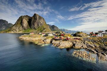 Norwegia ,  Sakrisoy, krajobraz wiejski
