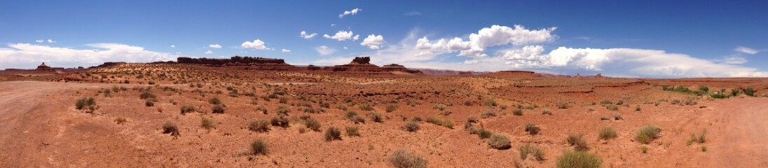 Fototapeta Ultra breites Panoramas in der Wüste in den USA