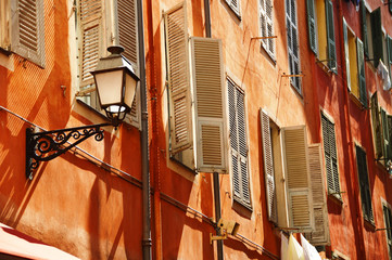 Foto auf Acrylglas Nice Old town architecture of Nice on French Riviera