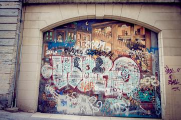 Porte de graffiti