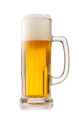 Keuken foto achterwand Bier / Cider Glass of beer isolated on white background