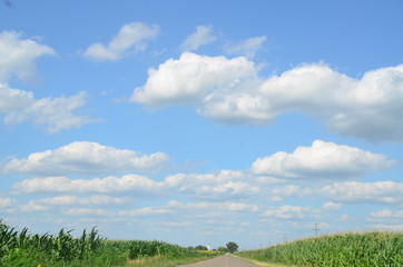Straße, Wolken