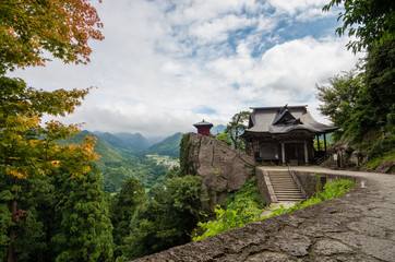 山寺 納経堂