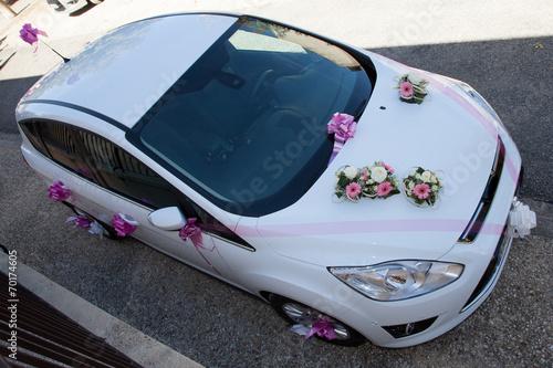 decoration mariage voiture blanche