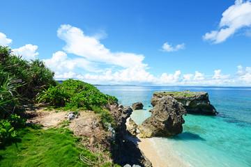 コマカ島の美しいビーチ