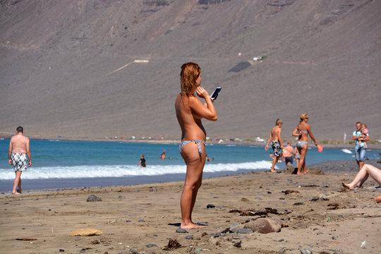 Fotó erekció nudista