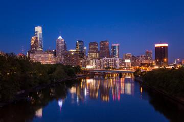 Staande foto Los Angeles Night view of the Philadelphia skyline in pennsylvania
