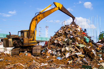 crane-Loading scrap in a truck