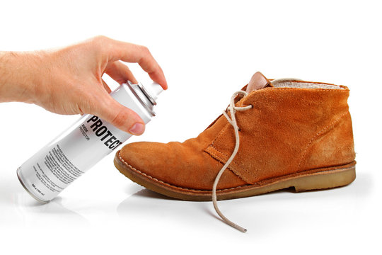 men's suede shoe protection with spray
