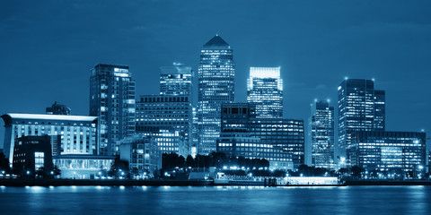Wall Mural - London Canary Wharf at night