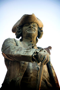 Venezia - Monumento a Carlo Goldoni