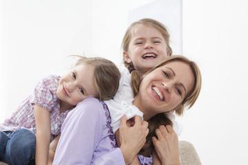 Mutter mit Töchtern