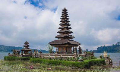 Ulun Danu temple in cloudy day