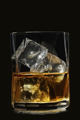 Foto op Plexiglas Bar whiskey on black
