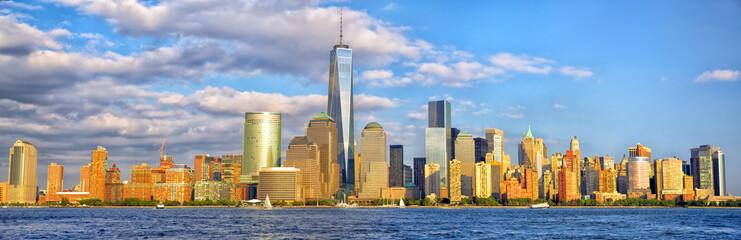 Lower Manhattan skyline panorama before sunset, New York Fototapete