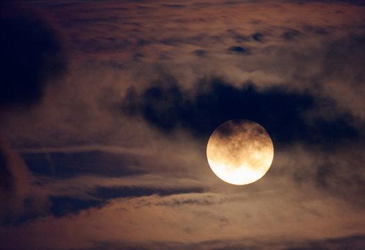 Nice night shot of the full moon