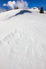 Neve gelata in montagna