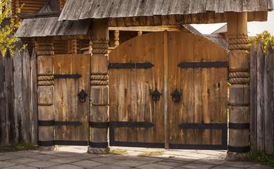 wooden gate, cutting wood