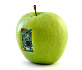 Apple with an integrated circuit