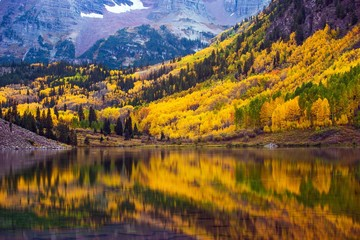 Wall Mural - Fall in the Colorado
