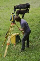 Géomètres sur le terrain