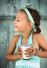 kids portrait with milk